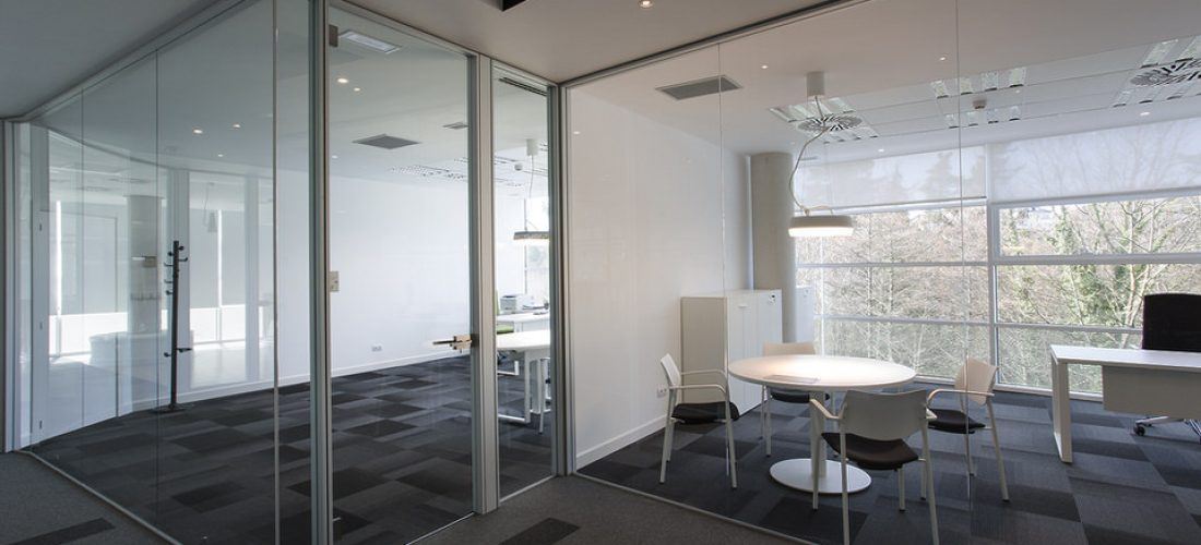 Sistemas para división de espacios y oficinas